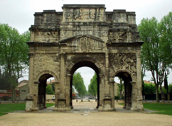 roman triumphal arches Three important elements of successful roman architecture: 1 the arch 2 triumphal arches of the ancient roman empire the arch of titus stands near.