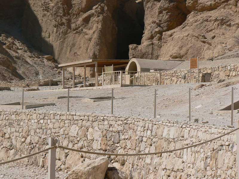 El Valle de las Reinas Nefertari3