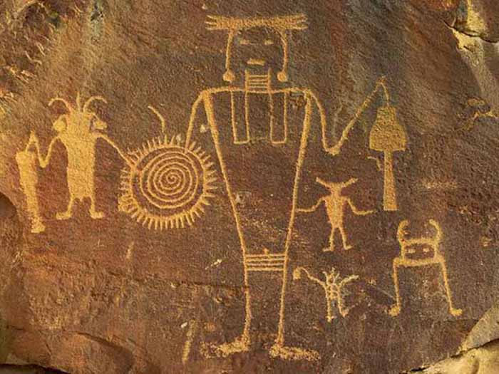 Egyptian Aliens Drawings Imply That Ancient Aliens May