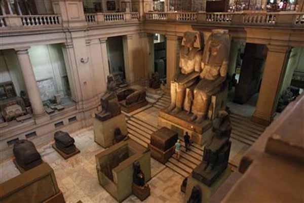 http://www.crystalinks.com/amenhotep3a.jpg