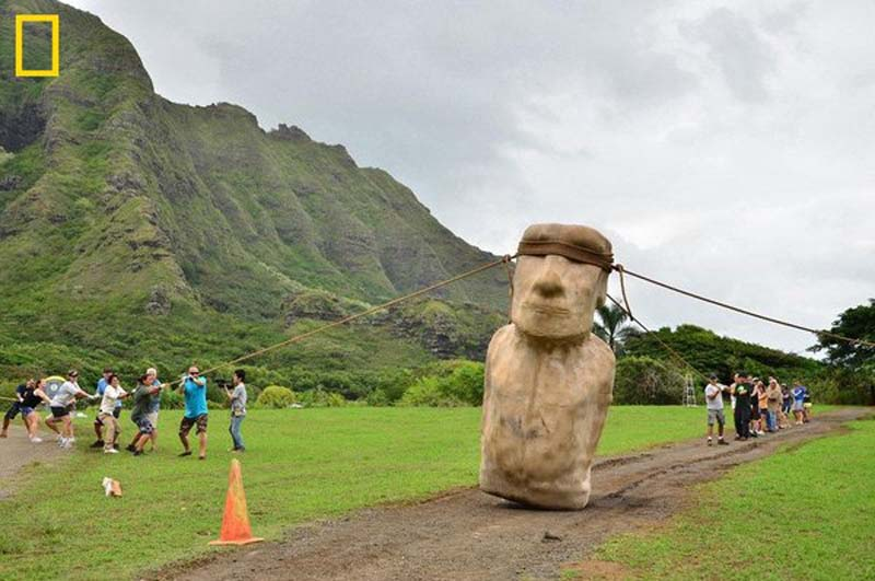 The Sentinels of Summer 2012, Stonehenge, Moai, The Watchers