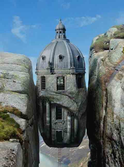 Weird houses around the world for Amazing house pictures