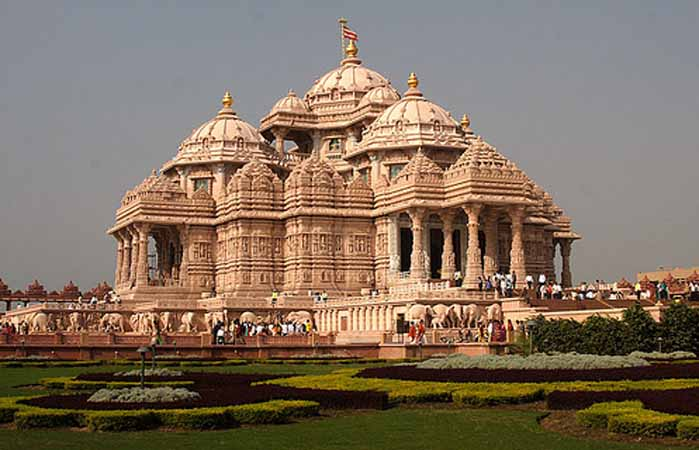 Famous Hindu Akshardham temple in South Delhi
