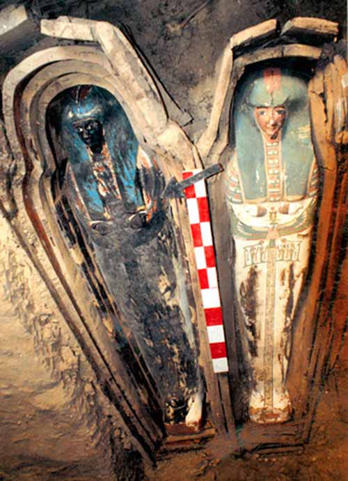 dozens of mummies found in rock tombs national geographic april 15 2009