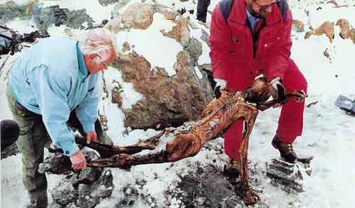otzi ice1 10 Mumi Terkenal Sepanjang Peradaban Dunia