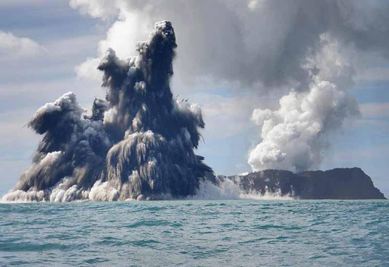 volcanic eruption underwater the sea