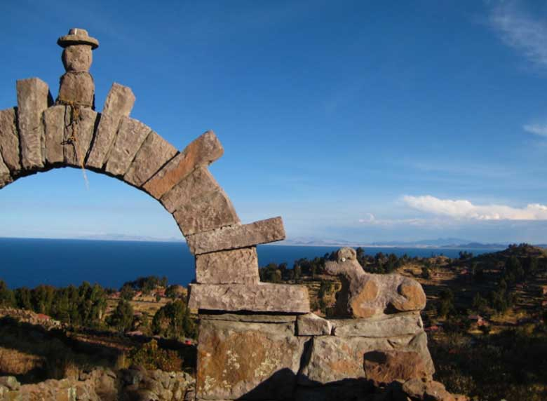 Lake Titicaca, Fuente Magna - Crystalinks
