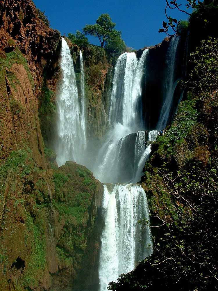 Famous waterfalls - Crystal pools waterfall ...