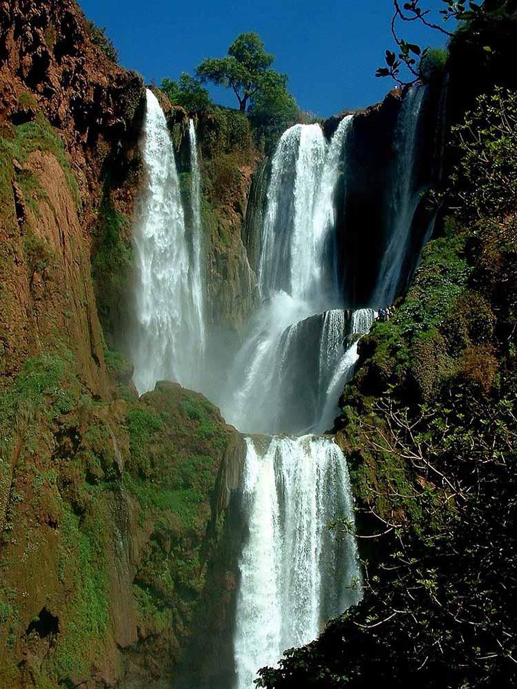 Famous waterfalls - Crystal pools waterfall ...